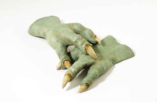 Adult Deluxe Yoda Gloves