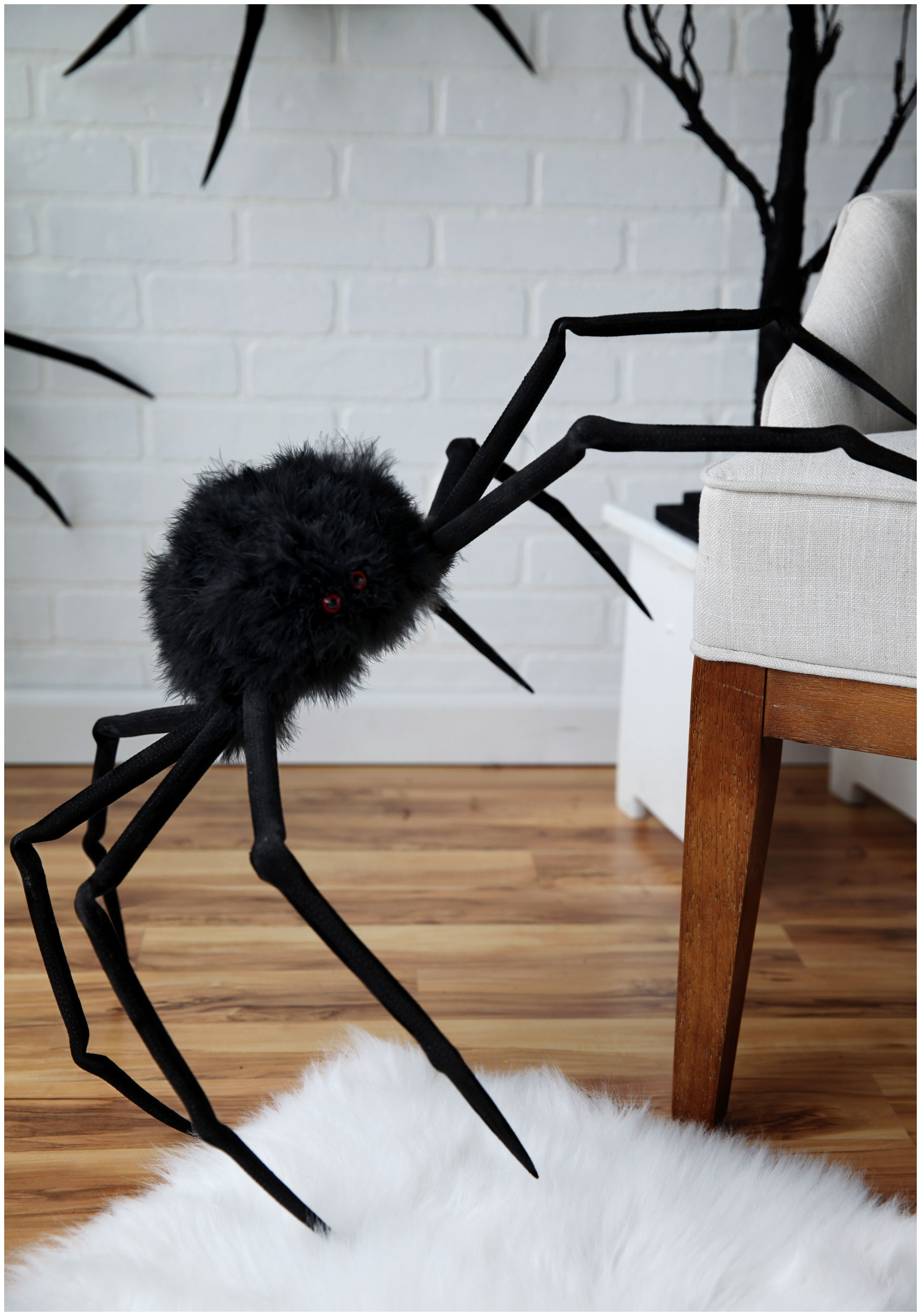 "Poseable 26"" Large Furry Spider"